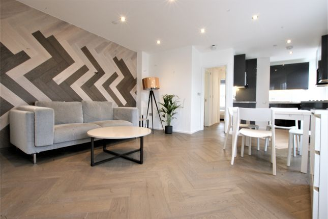 Thumbnail Flat to rent in Chitlon Street, Shoreditch