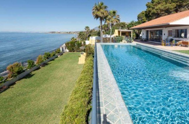 Thumbnail Villa for sale in Atalaya-Isdabe, Saladillo-Benamara, Andalucia, Spain