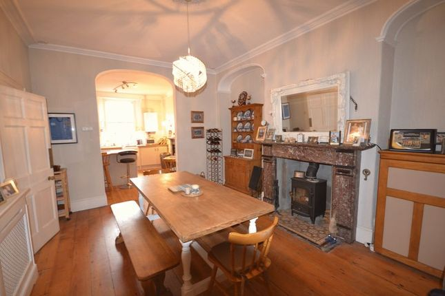 Thumbnail Terraced house to rent in Picton Terrace, Carmarthen