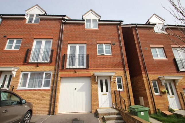Thumbnail Town house to rent in Cottingham Drive, Pontprennau, Cardiff