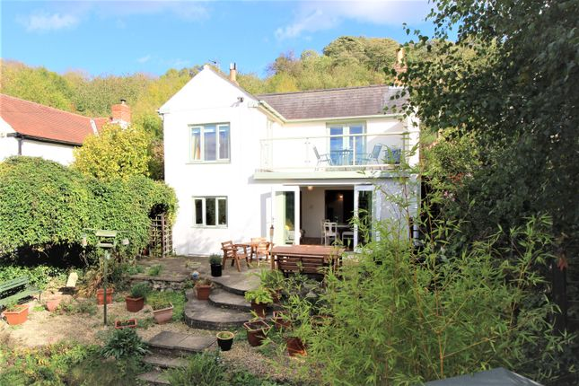 Thumbnail Detached house for sale in Stump Lane, Chosen Hill, Hucclecote, Gloucester