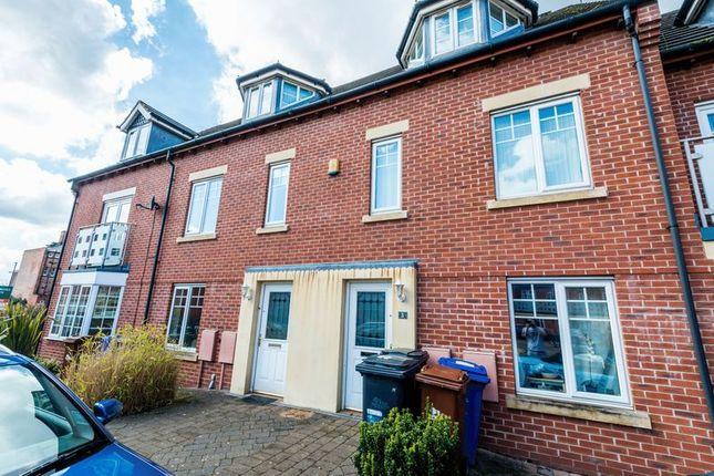 Thumbnail Town house to rent in Wyllie Mews, Burton-On-Trent