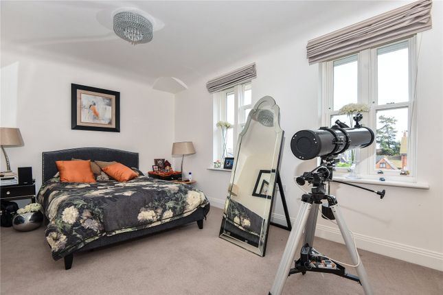 Thumbnail Semi-detached house to rent in Folly Hill Gardens, Maidenhead, Berkshire
