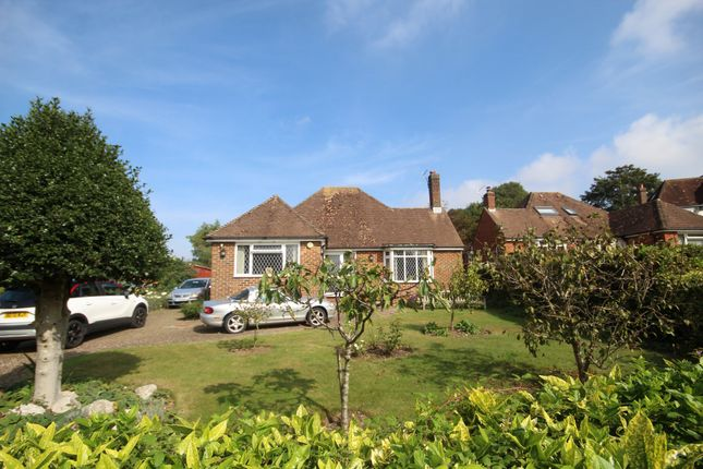 3 bed detached bungalow for sale in Summerfields, Findon Village, Worthing BN14