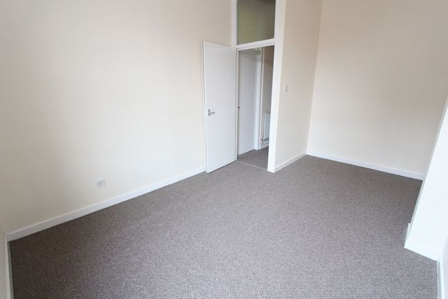 Thumbnail Flat to rent in Peel Road, Bootle