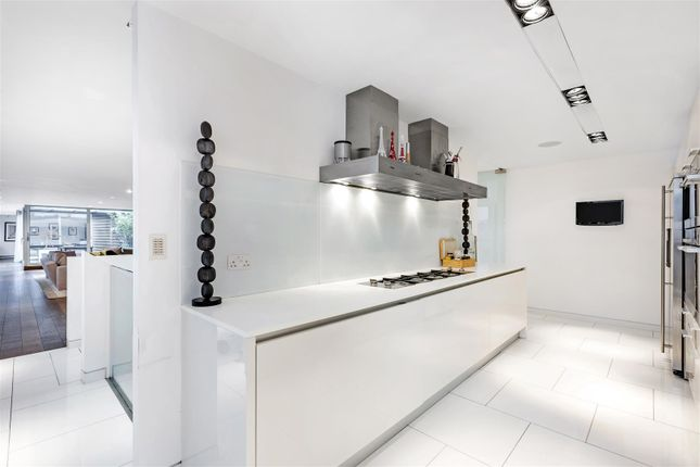 Kitchen (1) of The View, 20 Palace Street, Westminster, London SW1E
