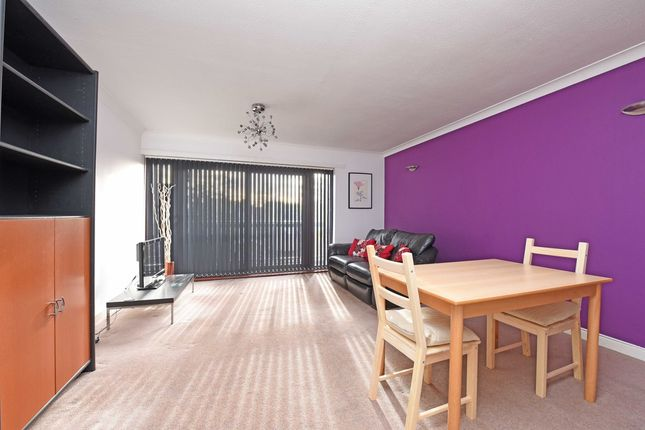 Thumbnail Flat to rent in Butterworth Court, Pendennis Road, Streatham