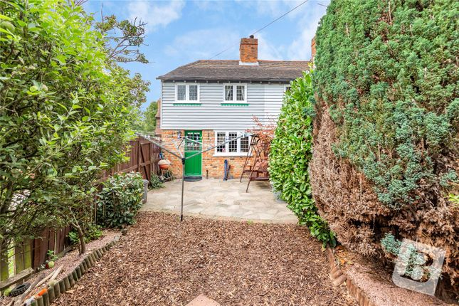 Picture No. 06 of Bear Block Cottages, Harwood Hall Lane, Upminster RM14