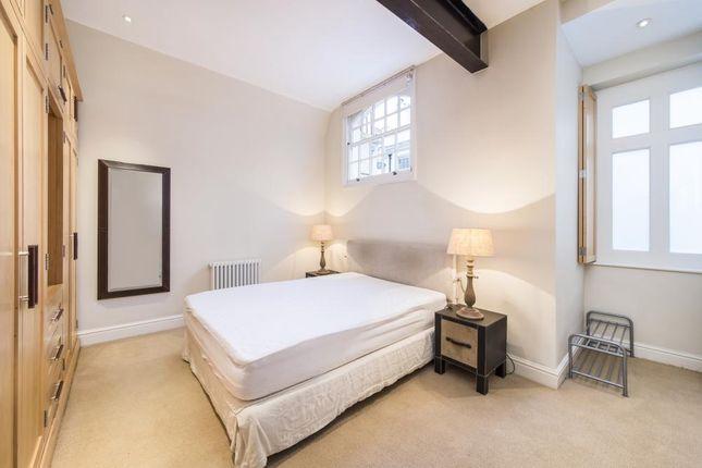 Master Bedroom of Holland Park Mews, London W11