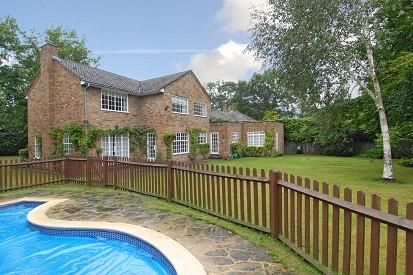 Thumbnail Detached house to rent in Sunning Avenue, Sunningdale