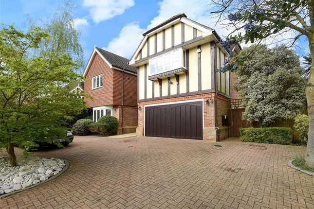Thumbnail Property for sale in Little Hill, Heronsgate, Rickmansworth