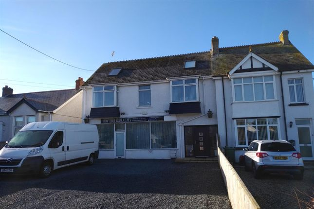 Thumbnail Property for sale in Henver Road, Newquay