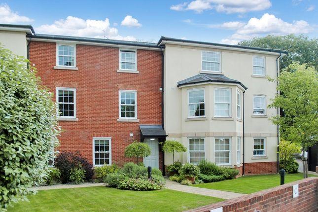 Thumbnail Flat for sale in Donnington Elms, Oxford Road, Donnington, Newbury