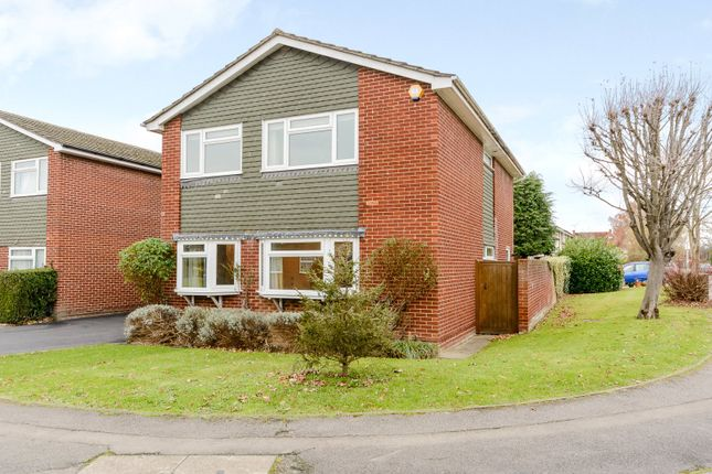 Thumbnail Detached house for sale in Wenlock Edge, Charvil, Berkshire