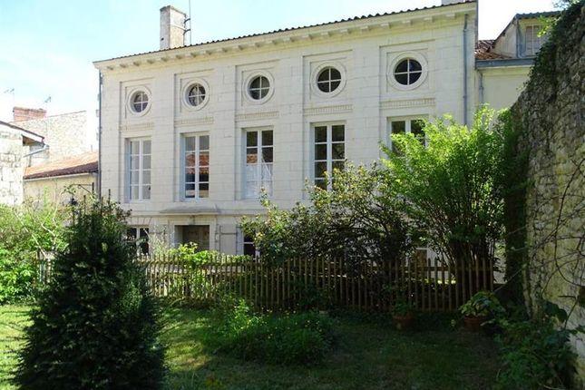 properties for sale in fontenay le comte commune. Black Bedroom Furniture Sets. Home Design Ideas
