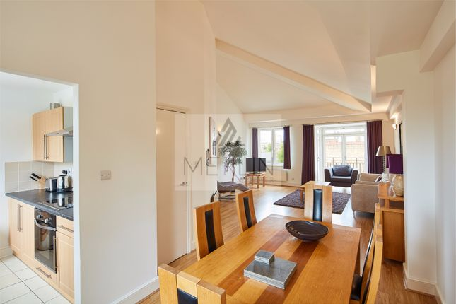 Thumbnail Town house to rent in Three Colt Street, London