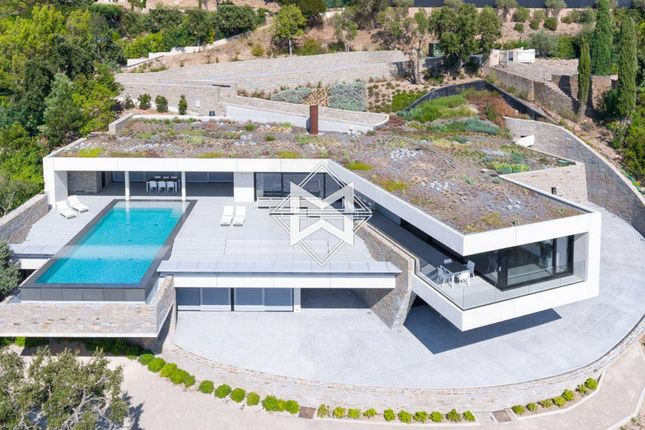 Thumbnail Villa for sale in Grimaud, 83310, France