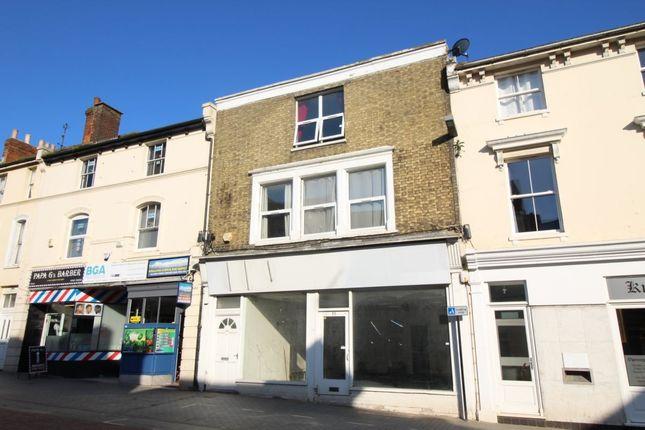 Thumbnail Flat to rent in Bank Street, Ashford
