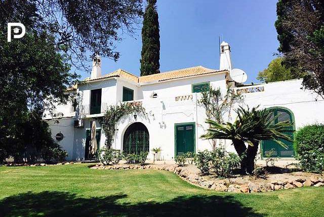 6 bed villa for sale in Almancil, Algarve, Portugal