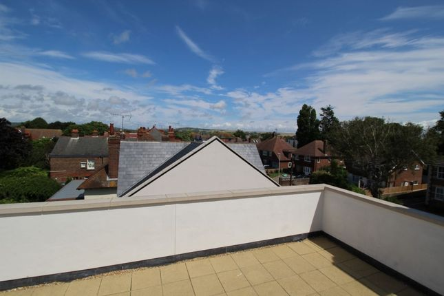 Thumbnail Flat to rent in Mill Court, Manor Road, Worthing