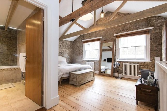 Thumbnail Terraced house to rent in Sylvester Road, London