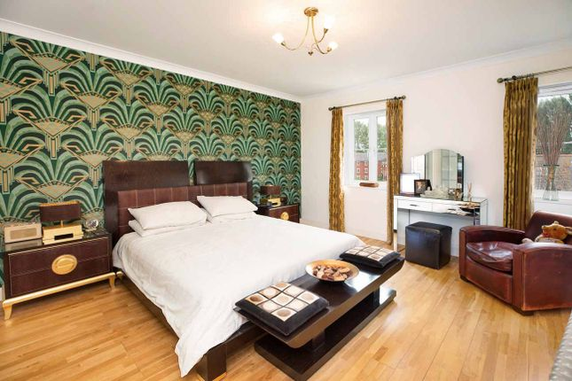 Bedroom of Gras Lawn, St. Leonards, Exeter EX2