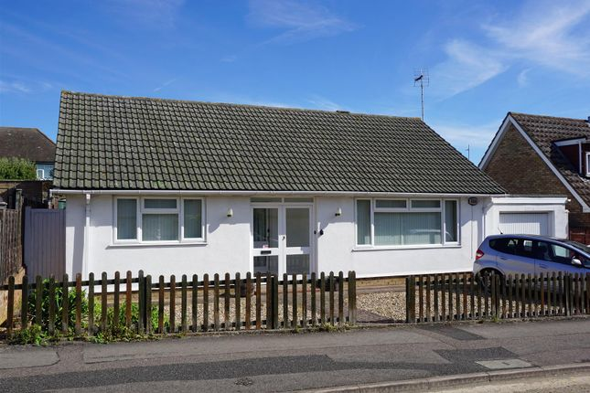 Thumbnail Detached bungalow for sale in Winston Close, Hitchin