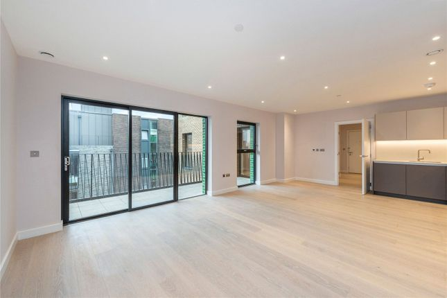 3 bed flat for sale in Blackfriars Road, London SE1