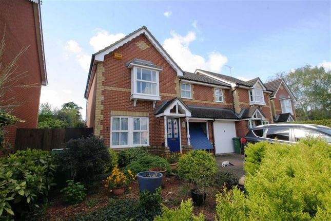 Thumbnail Semi-detached house to rent in Bryant Place, Purley On Thames, Reading