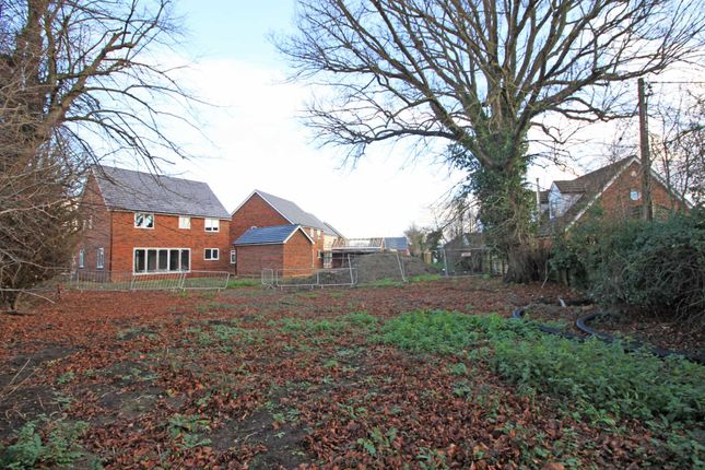 Thumbnail Detached house for sale in Barleyfields, Didcot