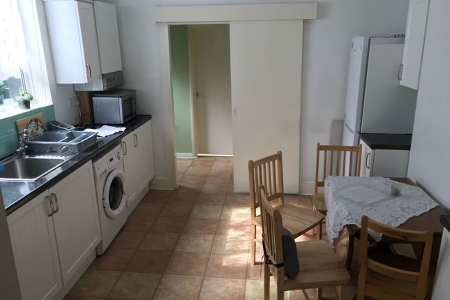 Thumbnail Maisonette to rent in Claude Road, Upton Park
