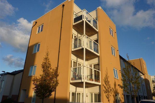 2 bed flat to rent in Tudor Close, Westbourne Road, Penarth CF64
