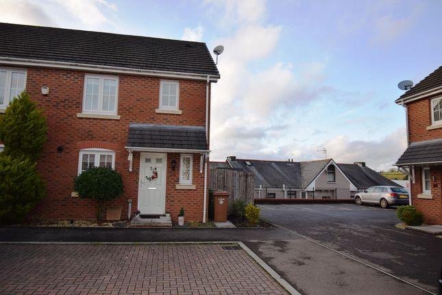 Thumbnail Property to rent in Cwm Braenar, Pontllanfraith, Blackwood