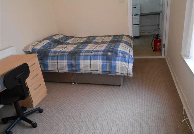 Studio to rent in St. Helens Avenue, Brynmill, Swansea