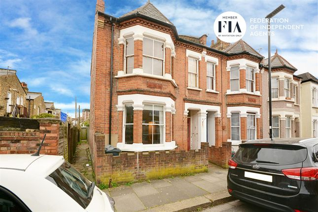 1 bed property for sale in Mafeking Avenue, Brentford TW8