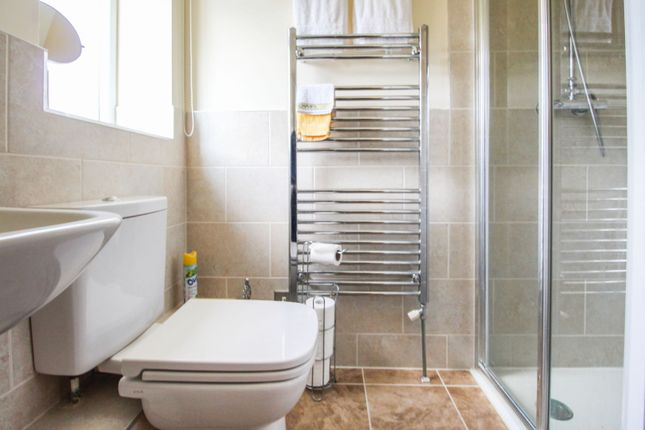 En-Suite Two of Howden Gardens, Barlby YO8