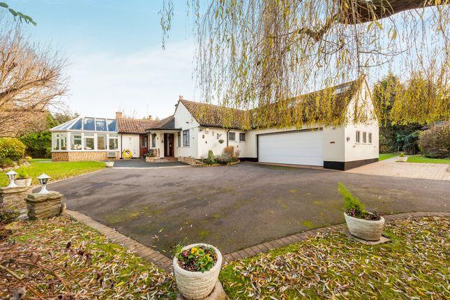 Thumbnail Detached house for sale in London Road, Hemel Hempstead