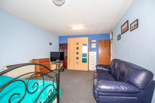 Lounge/ Bedroom of Cypress Court, Waterloo Street, Cheltenham, Gloucestershire GL51