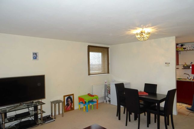 Thumbnail Flat for sale in Erebus Drive, London