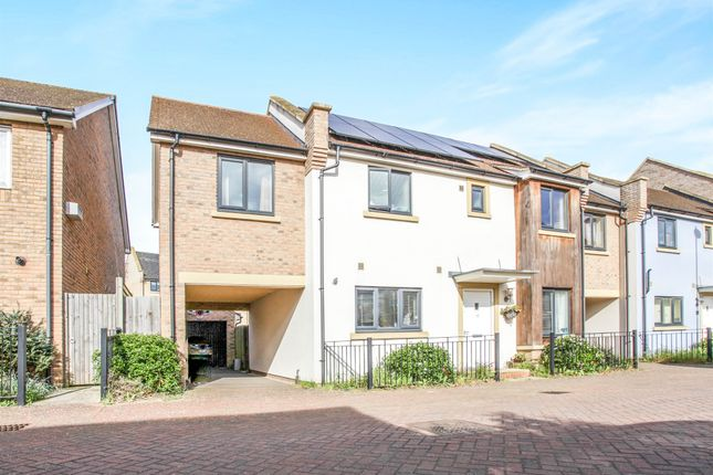 Thumbnail Link-detached house for sale in Iceni Way, Cambridge