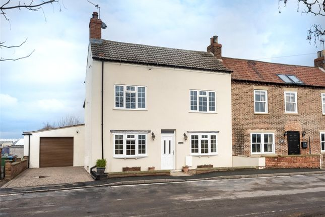 Thumbnail Detached house for sale in High Street, Barmby-On-The-Marsh, Howden