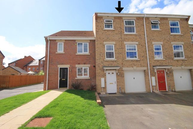 Thumbnail Town house to rent in Phoenix Grove, Northallerton