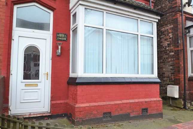 Thumbnail Shared accommodation to rent in Grassfield Avenue, Salford