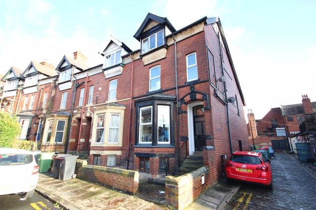 Thumbnail Terraced house to rent in Regent Park Avenue, Hyde Park, Leeds