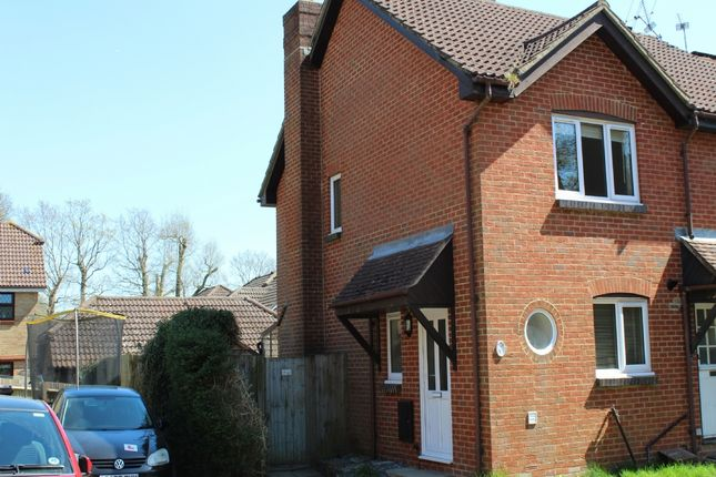 Thumbnail Semi-detached house to rent in The Spinneys, Heathfield
