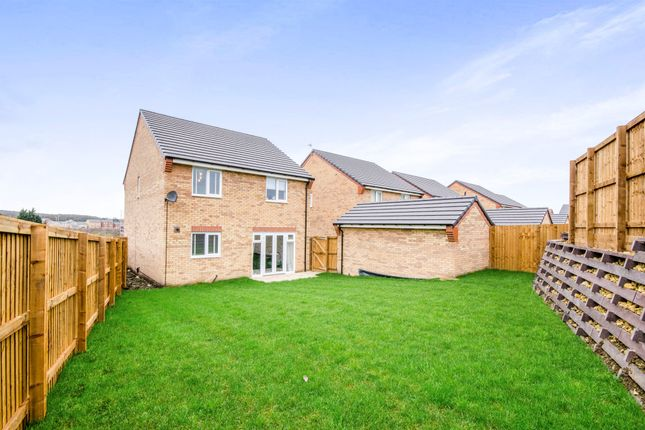 Thumbnail Detached house for sale in Amberwood Avenue, Castleford