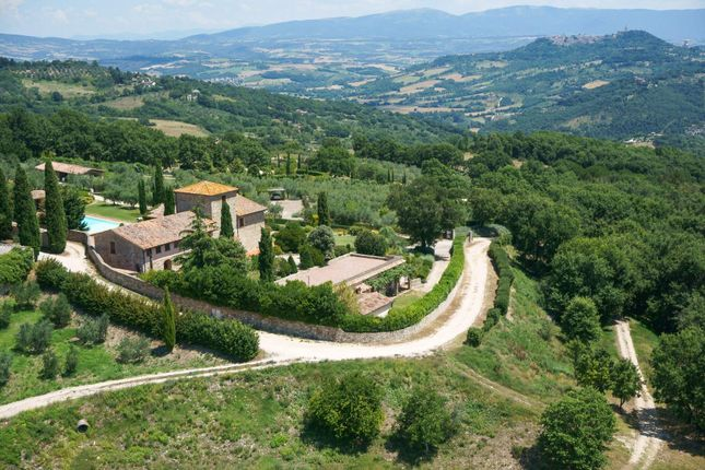 Thumbnail Town house for sale in 06059 Todi, Province Of Perugia, Italy