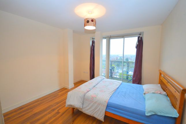 Thumbnail Flat to rent in High Road, Chadwell Heath, Romford