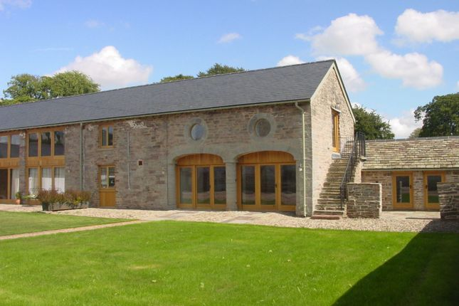 Thumbnail Barn conversion to rent in Llandefalle, Brecon