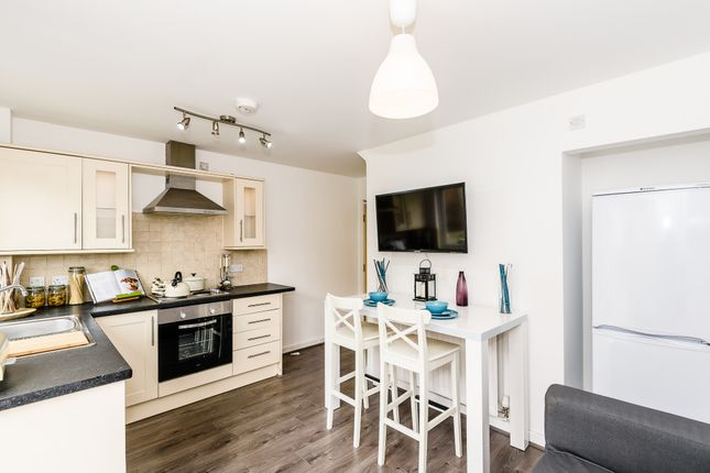 Thumbnail Shared accommodation to rent in Stanza Court, Liverpool